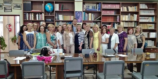 Εκπαιδευτικοί από την Αγία Πετρούπολη επισκέπτονται το σχολείο μας