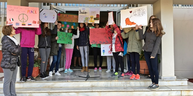 Γιορτάζοντας την Παγκόσμια Ημέρα Δικαιωμάτων του Παιδιού: Τα μηνύματα των παιδιών στους μεγάλους
