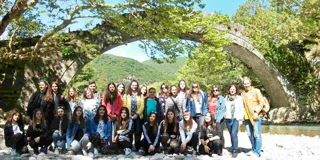 Η εκπαιδευτική επίσκεψη των μαθητών των προγραμμάτων Σχολικής Διαμεσολάβησης, Αγωγής Υγείας, Περιβαλλοντικής Εκπαίδευσης «Βιώσιμη Πόλη»