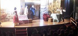 Παρακολούθηση θεατρικής παράστασης από το σχολείο μας…